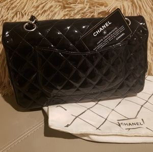989da1ded19626 Women Chanel Jumbo Patent Leather on Poshmark